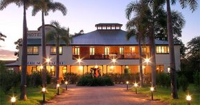 Hotel Noorla Resort - Accommodation QLD