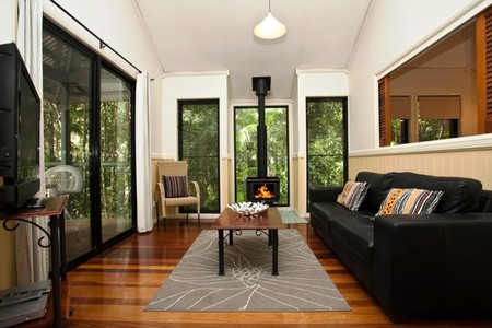Cedar Creek Lodges - Accommodation QLD