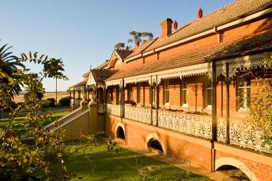 Hermitage Hill Resort And Conference Centre - Accommodation QLD
