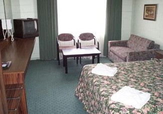 Coburg Motor Inn - Accommodation QLD