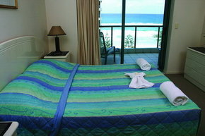 Emerald Sands Apartments - Accommodation QLD