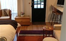 Milo's Bed and Breakfast - Accommodation QLD