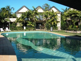 Hinchinbrook Marine Cove Resort Lucinda - Accommodation QLD