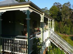 The Sanctuary Springbrook. Guest House / Cottage - Accommodation QLD
