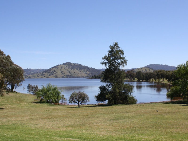 Inland Waters Holiday Parks Grabine Lakeside - Accommodation QLD