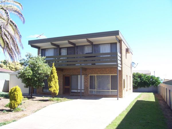 Century 21 SouthCoast Silver Sands - Accommodation QLD