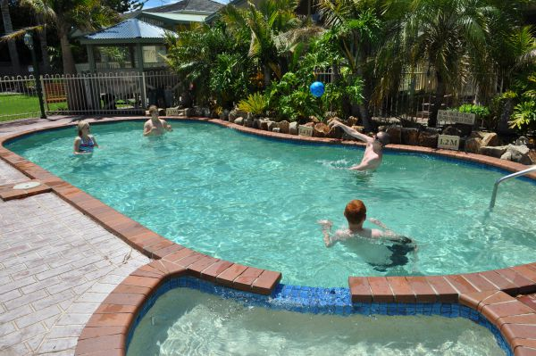 Kangerong Holiday Park - Accommodation QLD