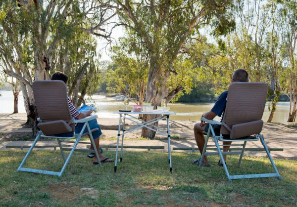 Loxton Riverfront Holiday Park - Accommodation QLD
