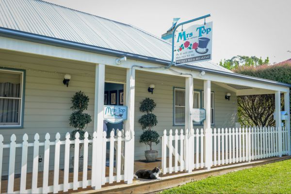 Mrs Top at Milton Bed and Breakfast - Accommodation QLD