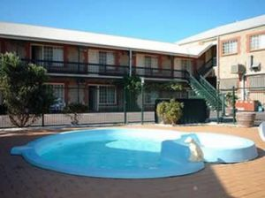 Goolwa Central Motel And Murphys Inn - Accommodation QLD