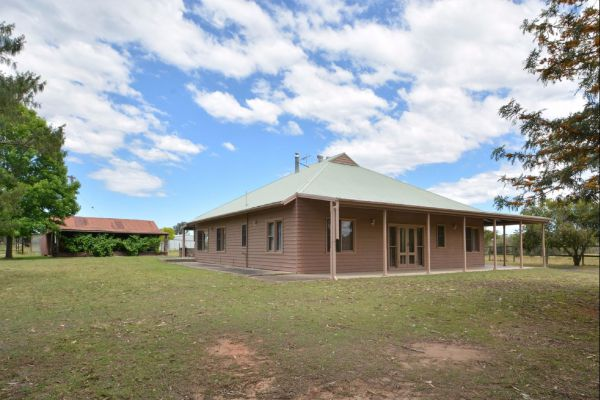 Grasmere Estate Homestead - Accommodation QLD