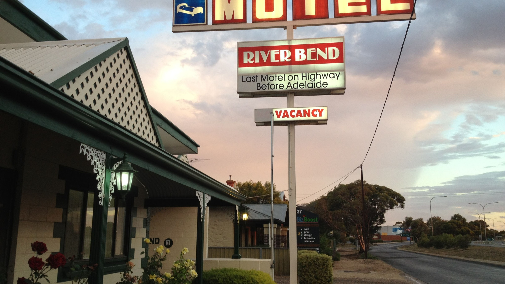 Motel Riverbend - Accommodation QLD