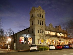Yarra Valley Grand Hotel - Accommodation QLD