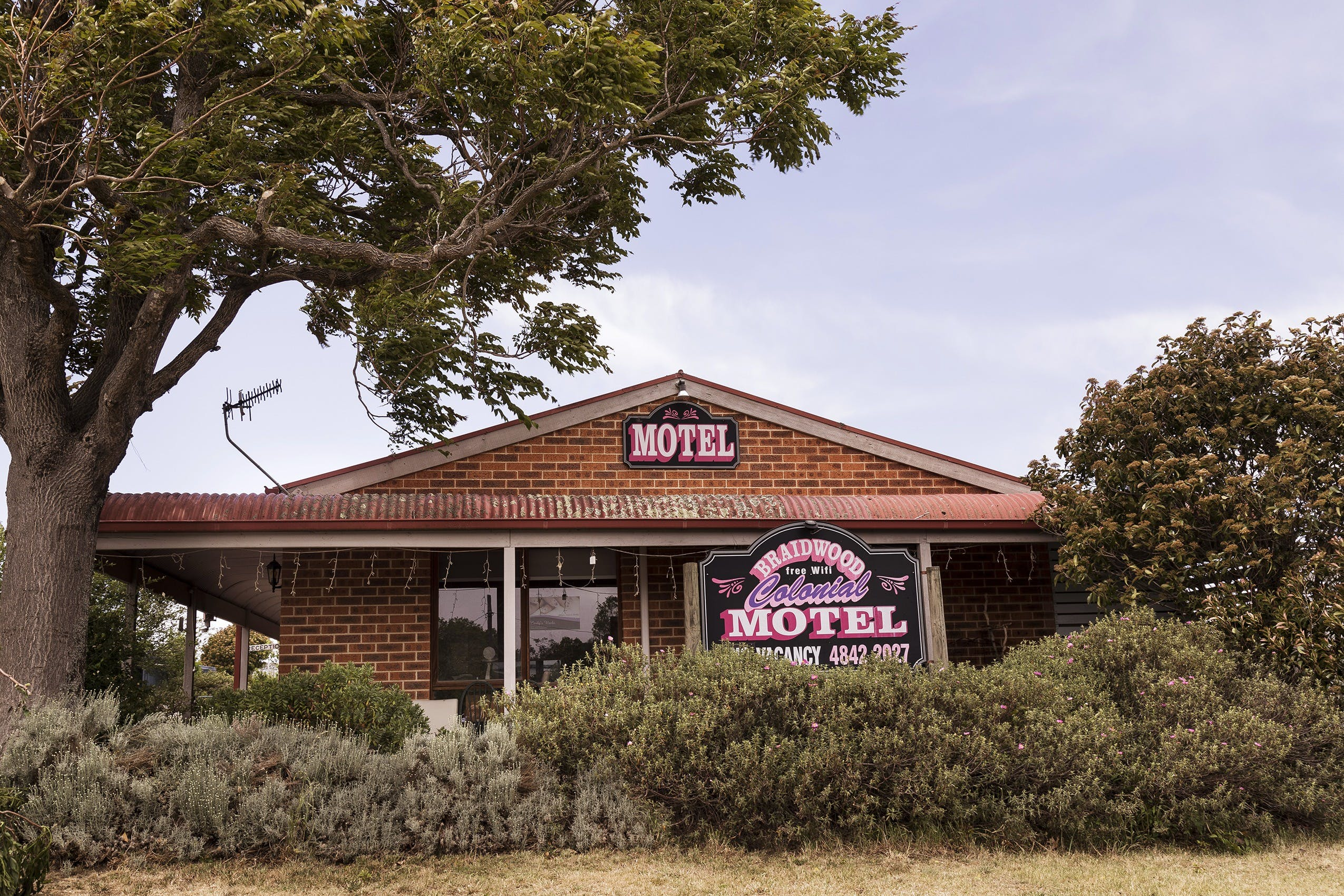 Colonial Motel - Accommodation QLD
