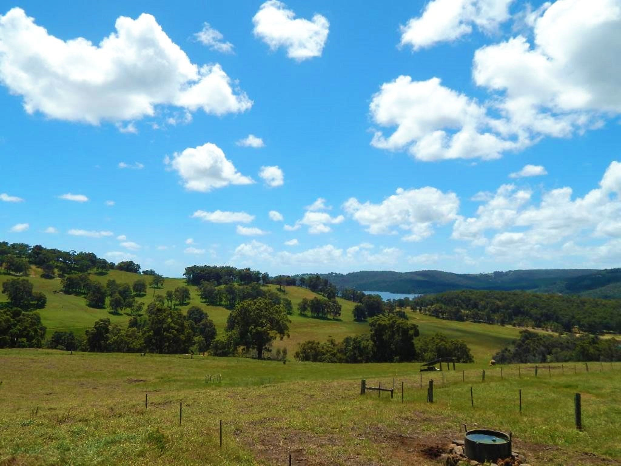 Harvey Hills Farm Stay Chalets - Accommodation QLD