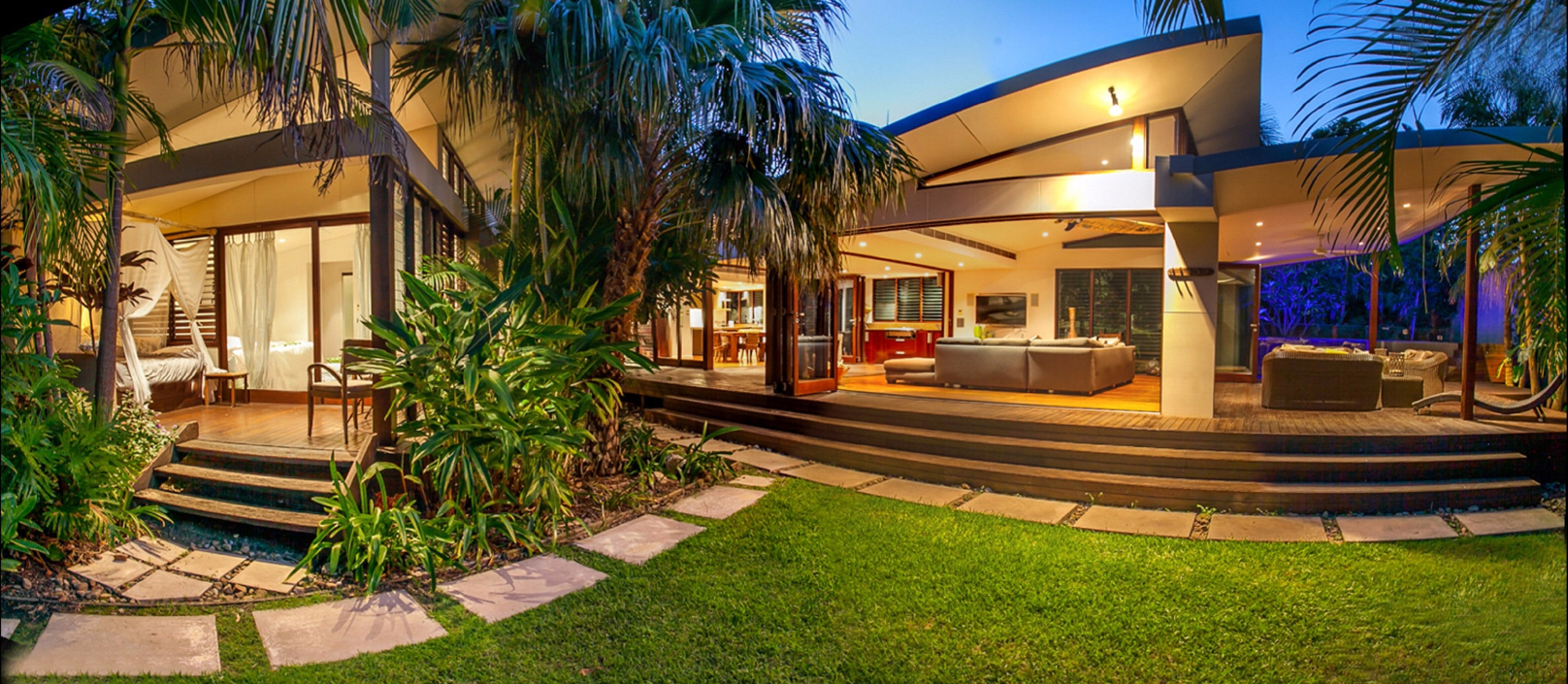 Pavilion Two at Broken Head - exclusive beachfront - Accommodation QLD