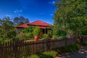 Rushton Cottage BB Private Guest Studio - Accommodation QLD