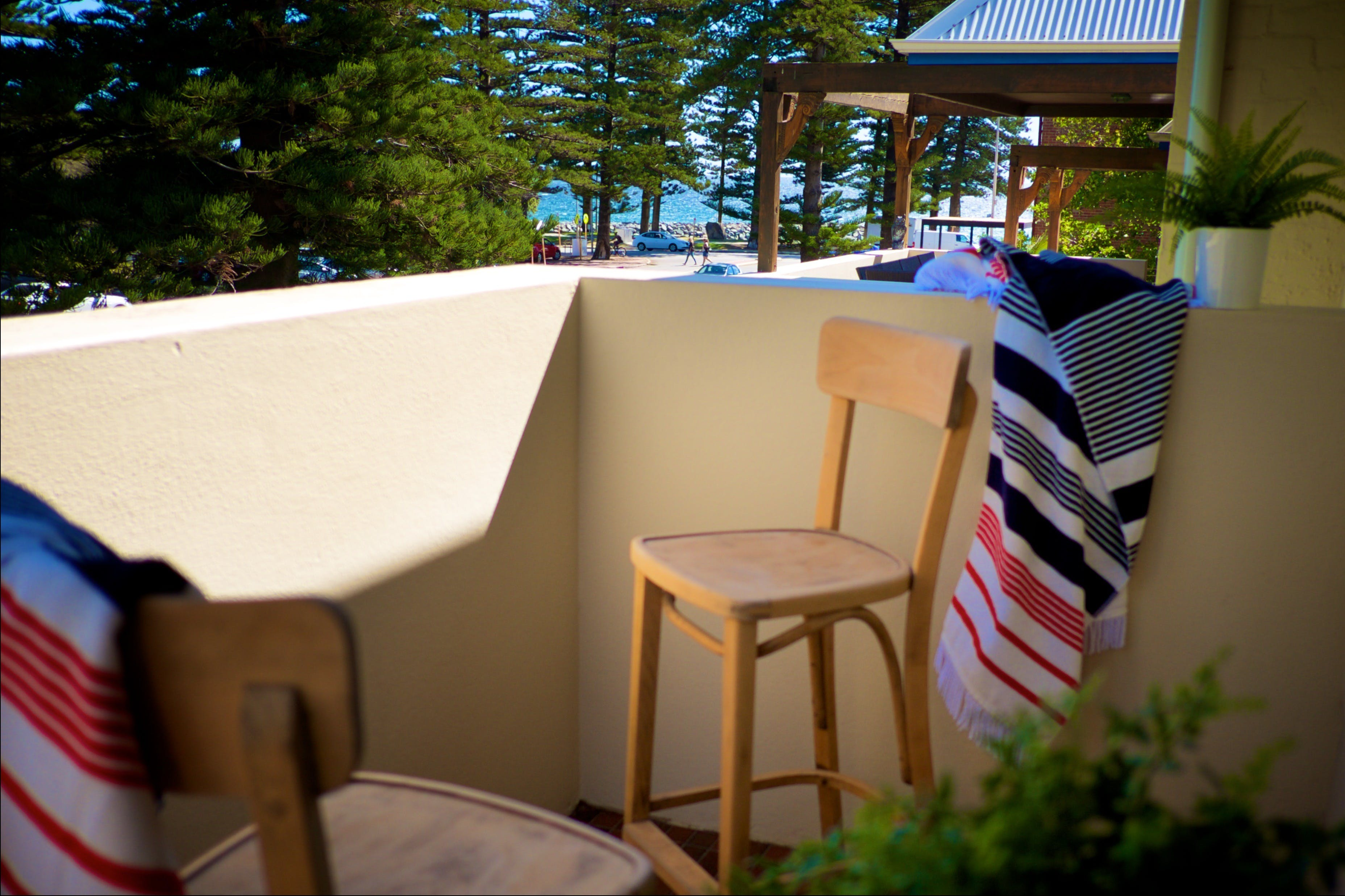 Cottesloe Artist's Beach Retreat - Accommodation QLD