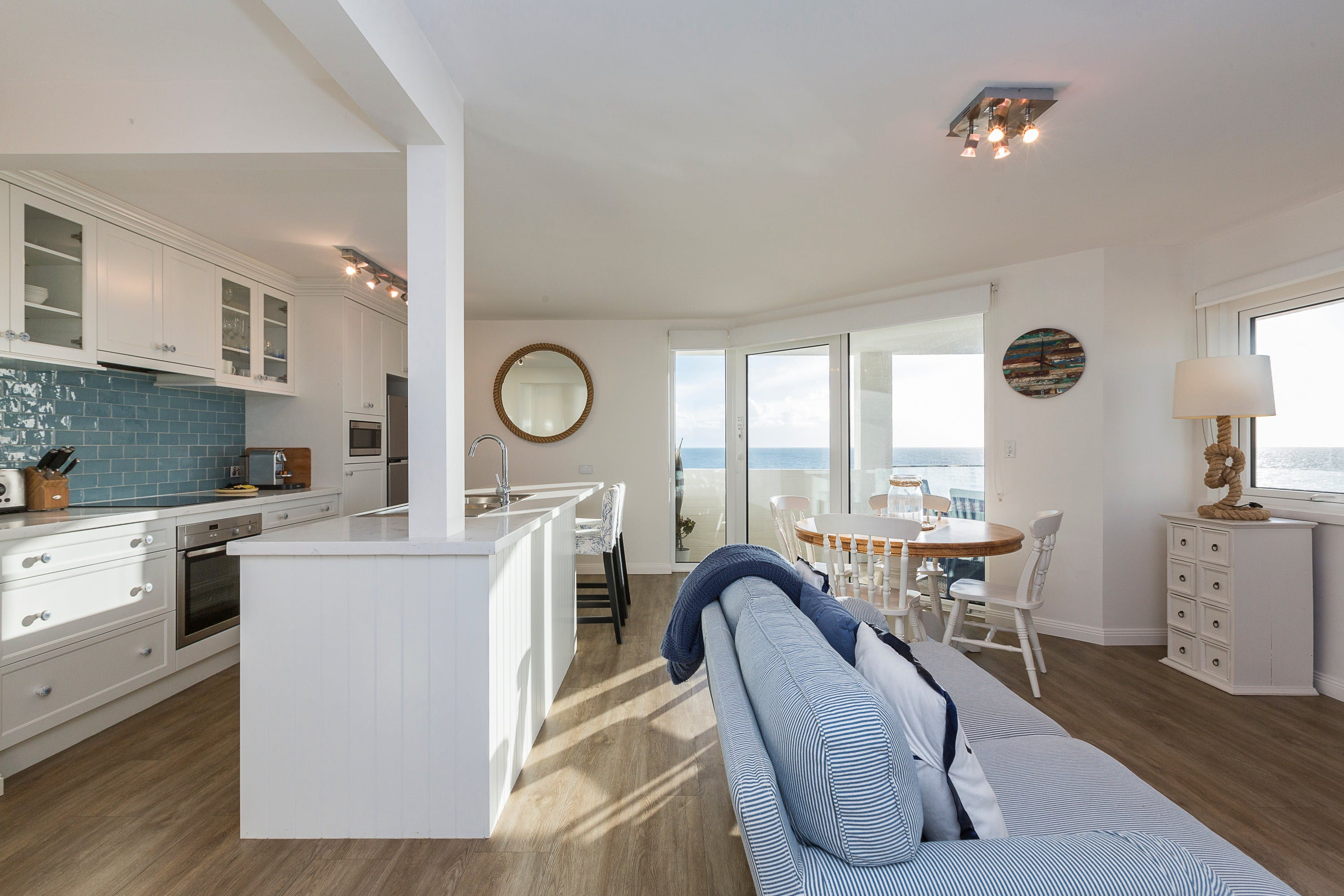 Cottesloe Blue Apartment - Accommodation QLD