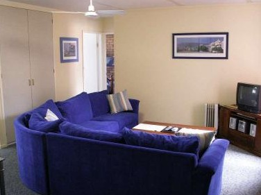 Westwood Motor Inn - Accommodation QLD