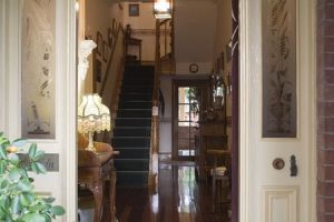 A Magnolia Manor Luxury Accommodation - Accommodation QLD