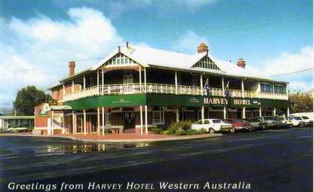 Harvey Hotel - Accommodation QLD