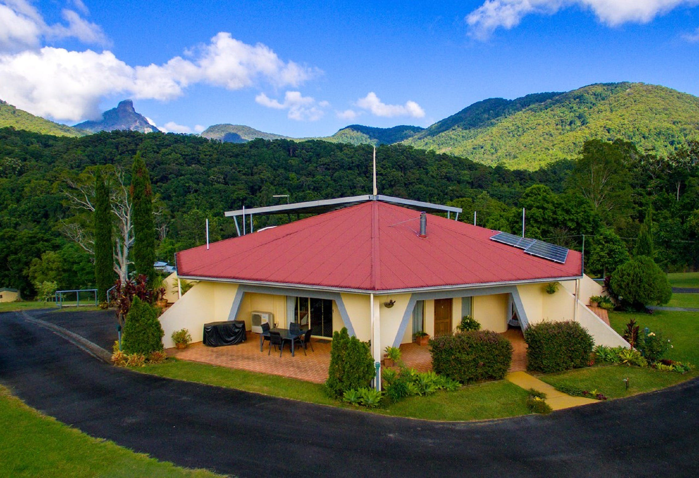 A View of Mount Warning Bed and Breakfast - Accommodation QLD