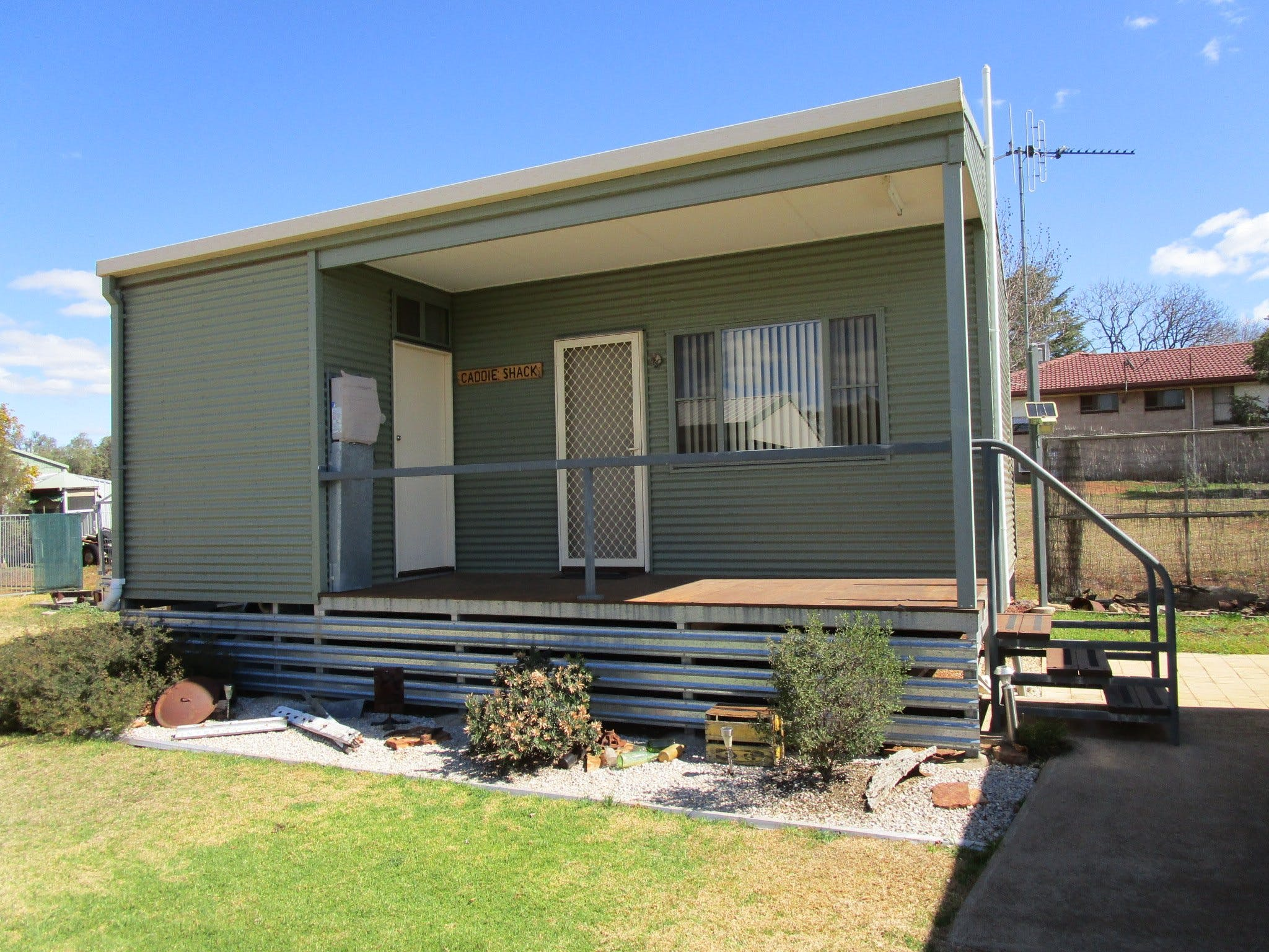 Caddy Shack Dunedoo - Accommodation QLD
