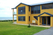 Port Fairy Getaway - Accommodation QLD
