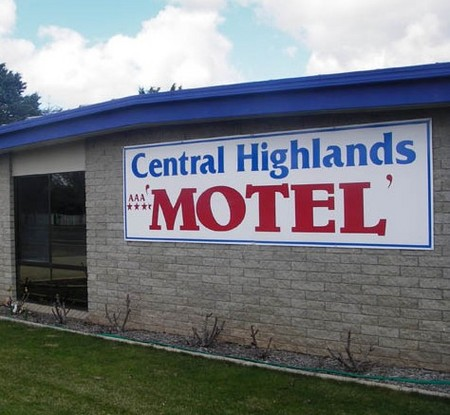Central Highlands Motor Inn - Accommodation QLD