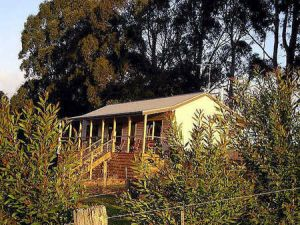 Birchwood Retreat Country Cottages - Accommodation QLD