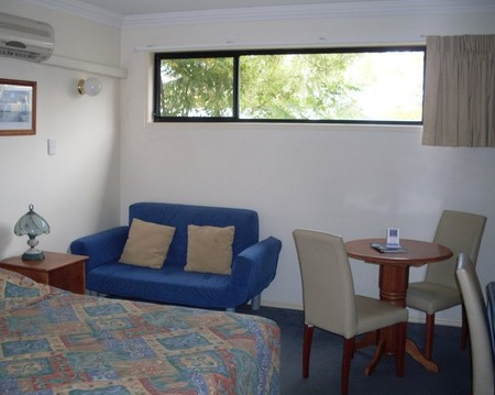 Waterford Motor Inn - Accommodation QLD