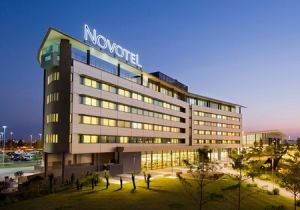 Novotel Brisbane Airport Hotel - Accommodation QLD