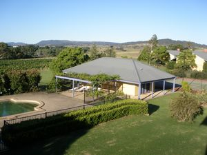 Tranquil Vale Vineyard - Accommodation QLD
