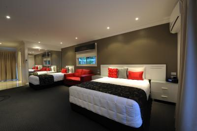 The Gateway Village Holiday Park - Accommodation QLD