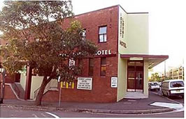 Forest Lodge Hotel - Accommodation QLD
