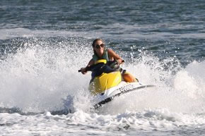 Extreme Jet ski Hire - Accommodation QLD