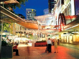 Queen Street Mall - Accommodation QLD
