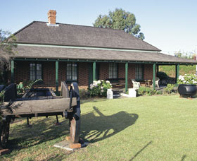 King Cottage Museum - Accommodation QLD