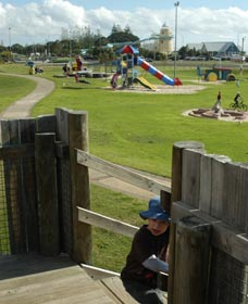 Yoganup Playground - Accommodation QLD