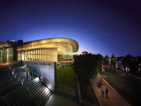 Adelaide Convention Centre - Accommodation QLD