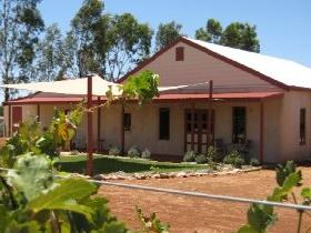 919 Wines - Accommodation QLD