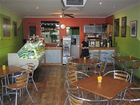 Cafe Lime and Gourmet Foodstore - Accommodation QLD