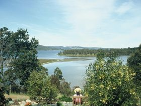 Inverawe Native Gardens - Accommodation QLD
