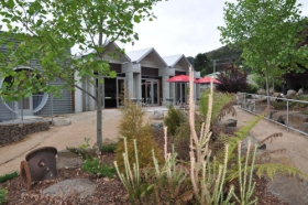 Tin Dragon Interpretation Centre and Cafe - Accommodation QLD