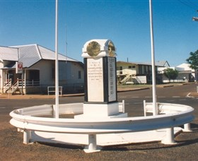 Cloncurry War Memorial - Accommodation QLD