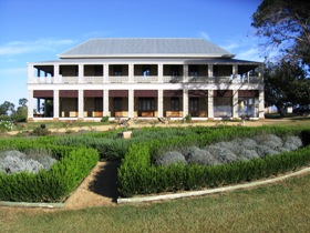 Glengallan Homestead and Heritage Centre - Accommodation QLD
