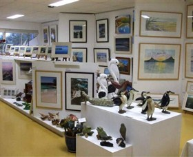 Huskisson Gallery and Picture Framing - Accommodation QLD