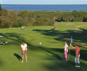 Tura Beach Country Club - Accommodation QLD