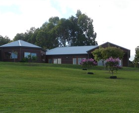 Roses Vineyard at Innes View - Accommodation QLD